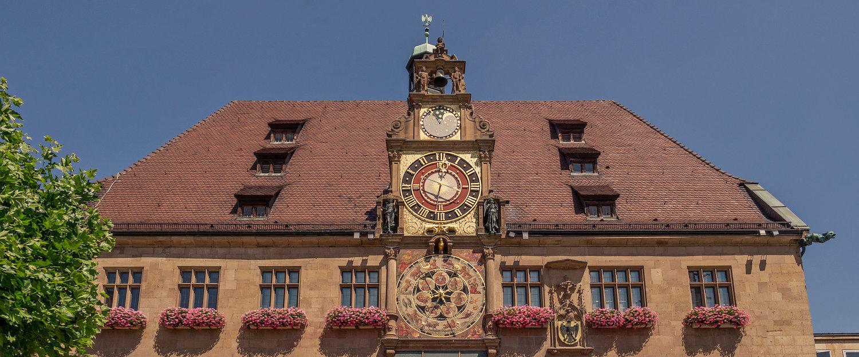Das Heilbronner Rathaus im Zentrum des historischen Ortskerns