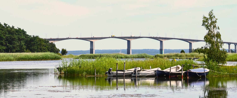 Die Ölandbrücke, die die Insel mit dem Festland verbindet