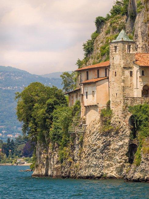 Eremo di Santa Caterina del Sasso, in Provincia di Varese.