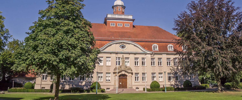 Amtsgericht im Stadtpark in Cloppenburg