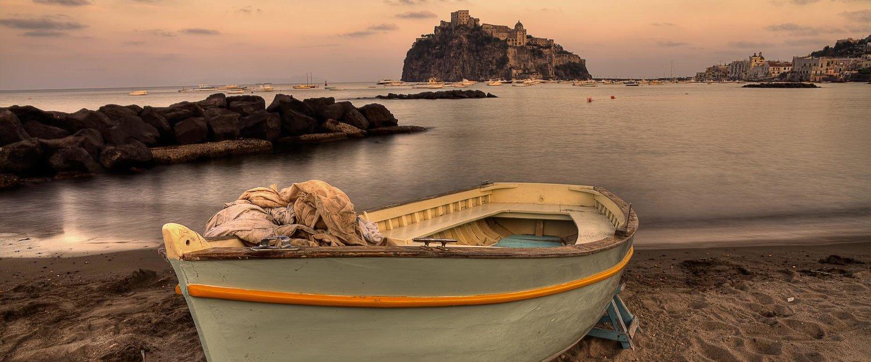 Am Strand von Ischia