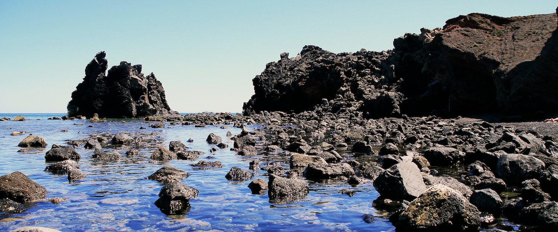 Felsige Küstenlandschaft in Cap d'Agde