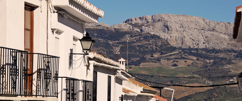 Vistas al Parque Natural Montes de Málaga desde Colmenar