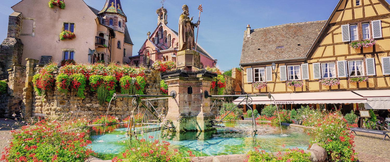 Place du château d'eguisheim