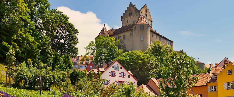 Die Stadt Meersburg im Norden des Bodensees.