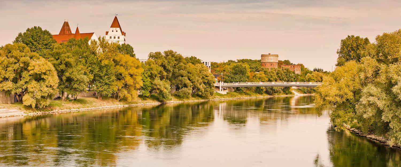 Die Donau in der Nachmittagssonne