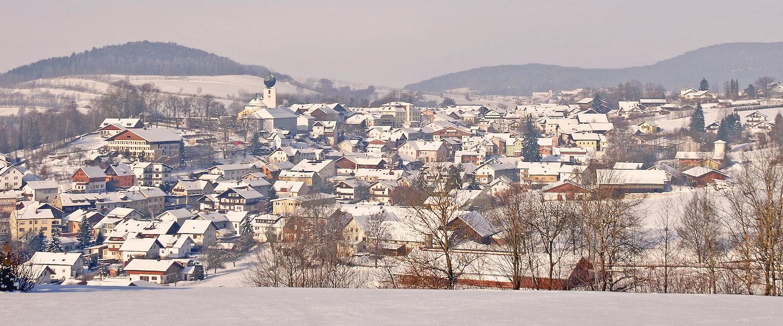 Idyllische Winterlandschaft im Bayerischen Wald