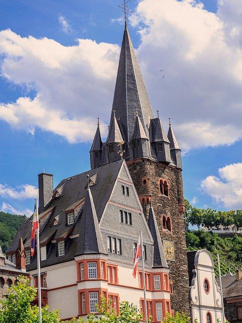 De kerk St. Michael in Bernkastel-Kues