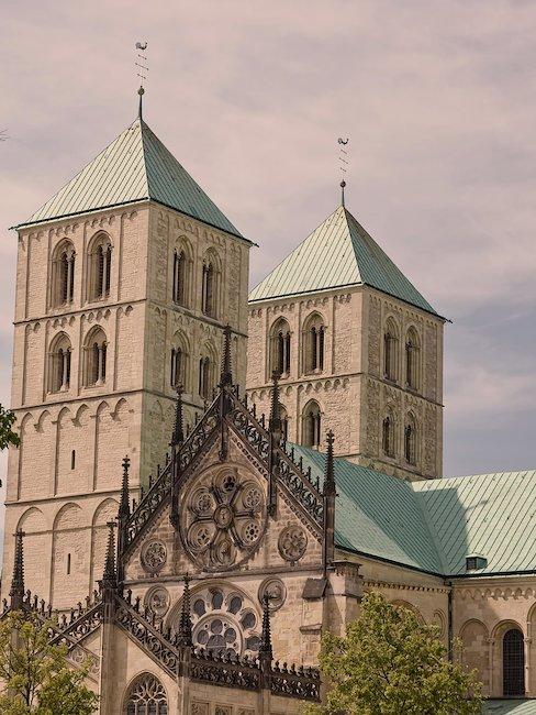 Die berühmten Türme der St. Pauls Kathedrale