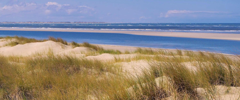 Onaangeroerd strand op Langeoog