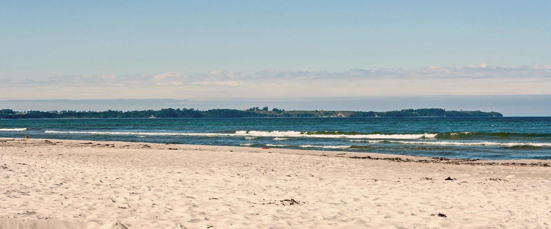 Der Strand lädt zu Spaziergängen ein