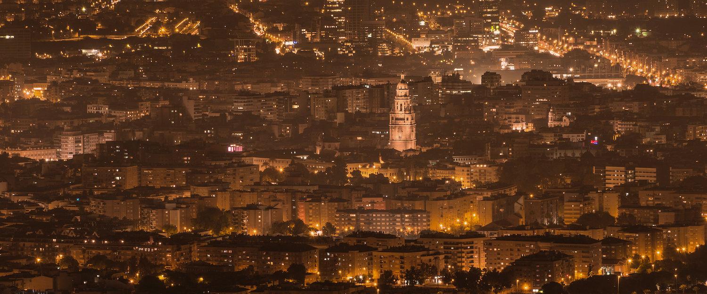 Vista de Murcia de noche