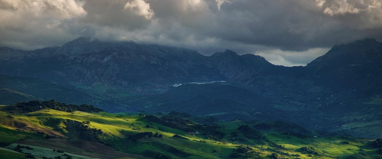 Puesto de sol sobre la Sierra de Grazalema