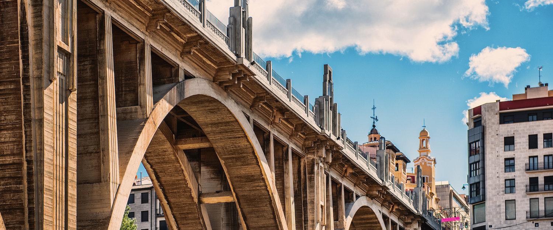 El puente de Sand Jordi en Alcoy