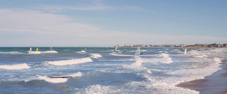 Olas en la playa de Oliva