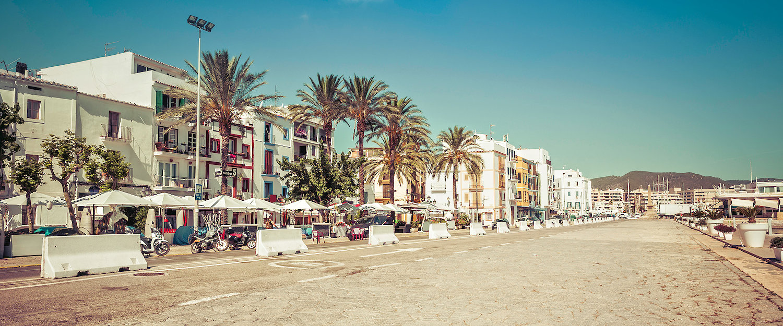 Strandpromenade in Ibiza-Stadt