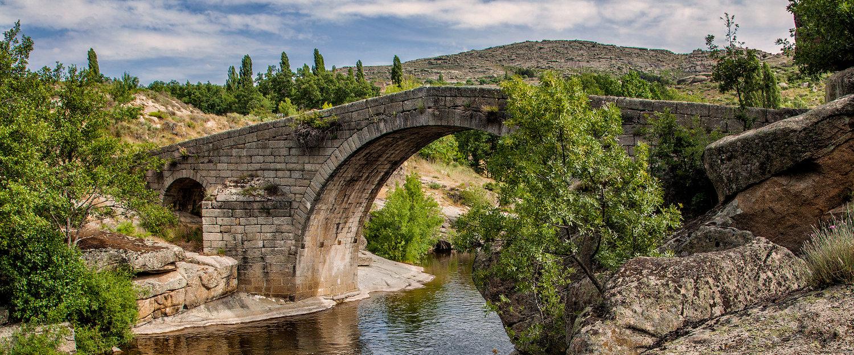 Puente Medieval en la Sierra de Gredos