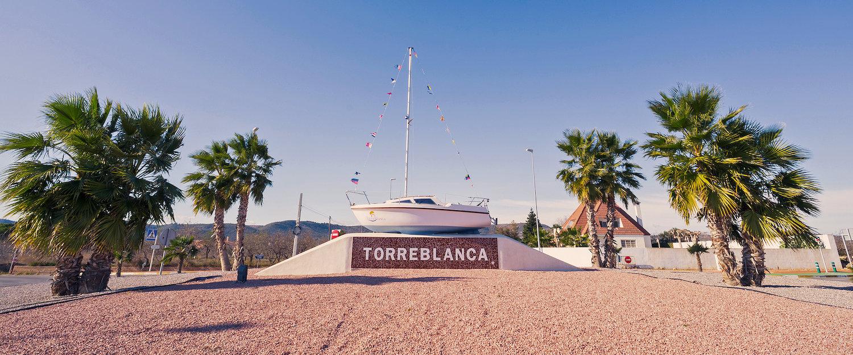 Il puerto y la costa de Torreblanca