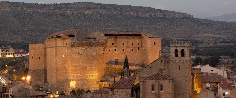 El castillo y la iglesia de Mora de Rubielos