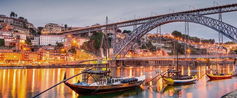 Rio de Oporto al anochecer