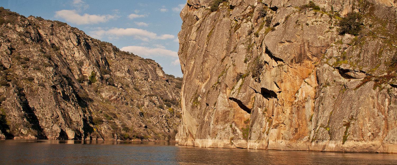 El río Duero a su paso por un cañon