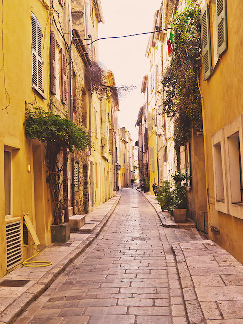 Entdecken Sie die Gassen von Saint-Tropez