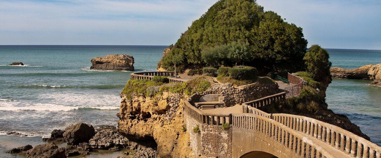Le Rocher du Basta y su puente