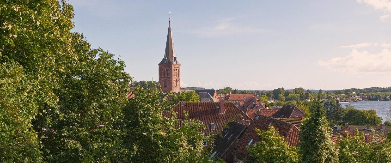 Kirchturm im Plön