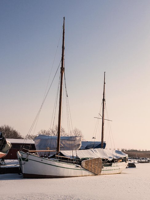 Hafen in Wustrow im Winter