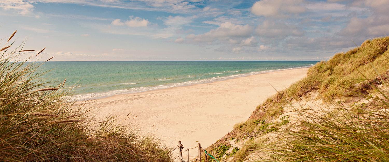 Traumhafter Blick vom Strand auf die Ostsee