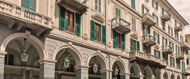 Häuserfassade in Savona