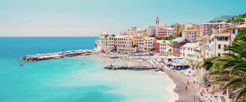 Hermosa playa de Bogliasco cerca de Genova