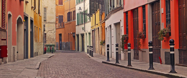 Bunte Häuser in Parma