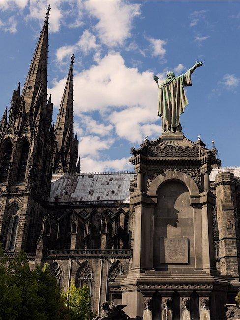 Eglise Clérmont-Ferrand