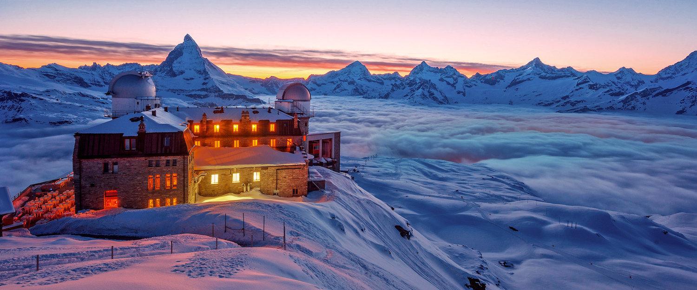 Hotel in traumhafter Schneelandschaft in Zermatt