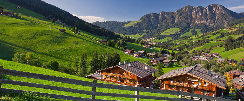 Landhuizen in Inneralpbach in het Alpbachtal