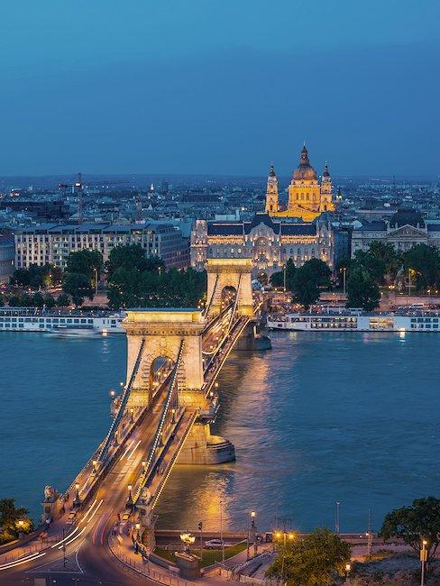 El Puente de las Cadenas sobre el Danubio