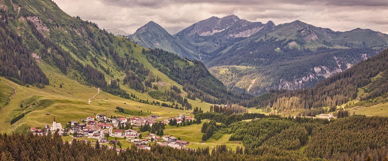 Traumhafte Alpenlandschaft in Tirol