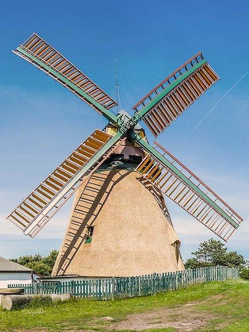 Malerische Windmühle auf Amrum