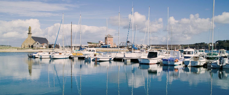 Der malerische Hafen von Crozon