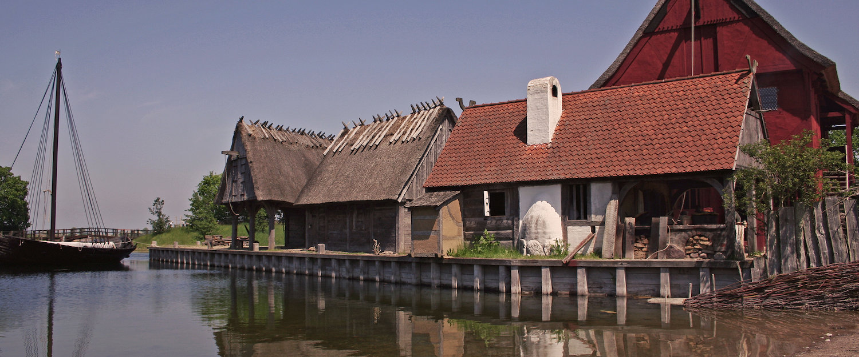 Alte Mühle am Wasser