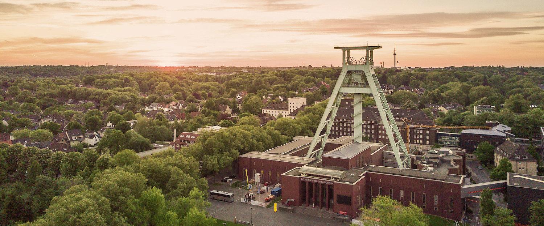 Bochum von oben mit dem Bergbau-Museum