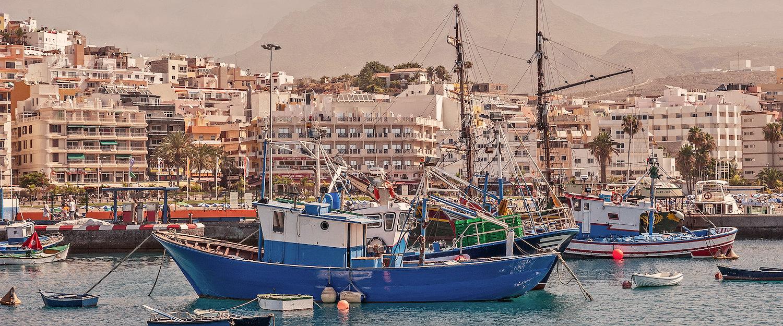 Puerto y paseo marítimo de Los Cristianos