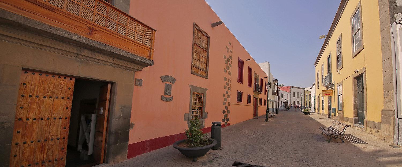 Biblioteca Montiano Placeres (San Juan) en Telde