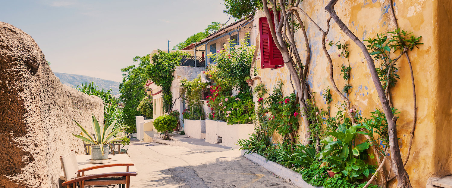 Idyllic alleys in Athens