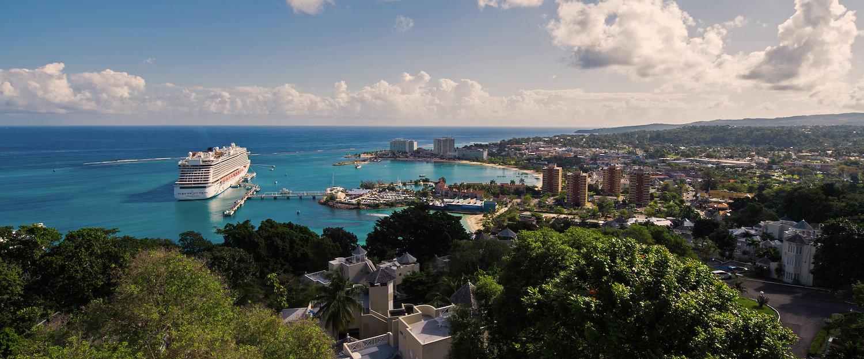 Beliebtes Reiseziel Jamaika: Weiße Sandstrände und beeindruckende Flora und Fauna
