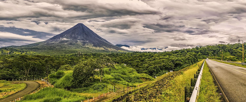Uitzicht op de vulkaan Arenal bij La Fortuna