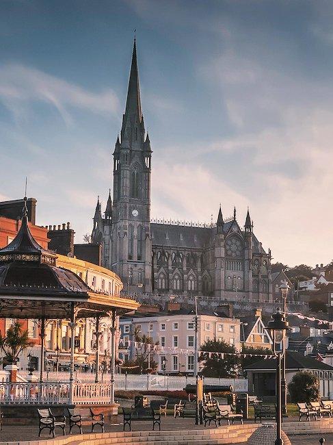 Die Altstadt von Cork bietet viele Sehenswürdigkeiten für Kulturinteressierte.