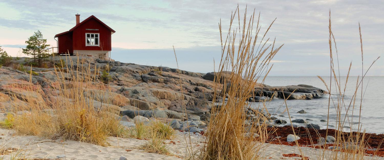 Skärgårdsstuga i Östersjön