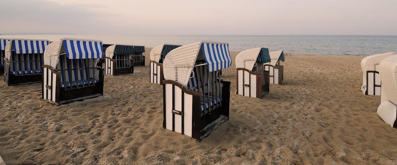 Strandkörbe sorgen für maritimes Flair